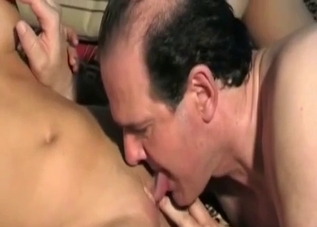 Tanned chick licked by her creepy father
