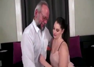 Ponytailed bombshell fucking her daddy