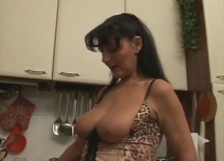 Mommy lets her boy eat that pussy