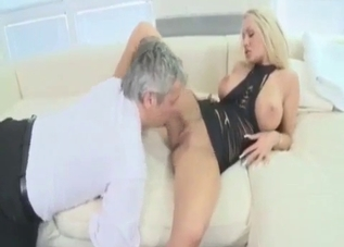 Big-breasted blonde wants her dad
