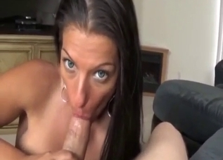 Green makeup mommy gives a titjob