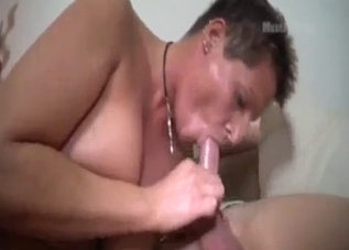 Tanned mommy blows her sweaty son